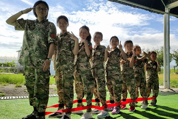 14天青少年军事成长营