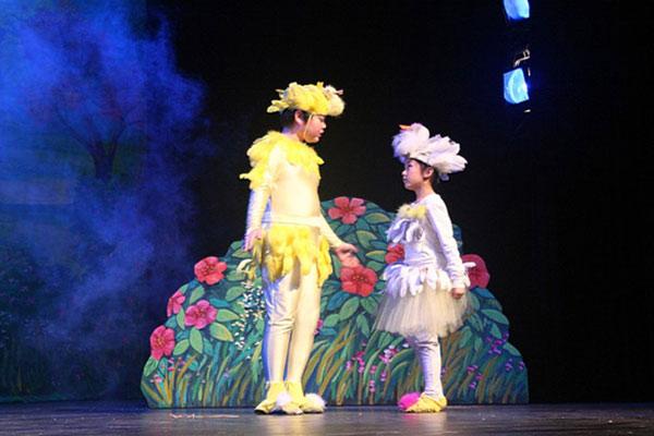 上海儿童戏剧夏令营,暑假释放艺术表演天分