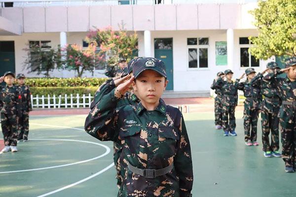 上海战狼军事夏令营,优秀小标兵等你来战!