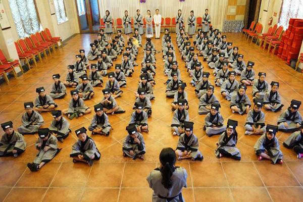 小学生参加深圳国学夏令营有哪些积极影响?