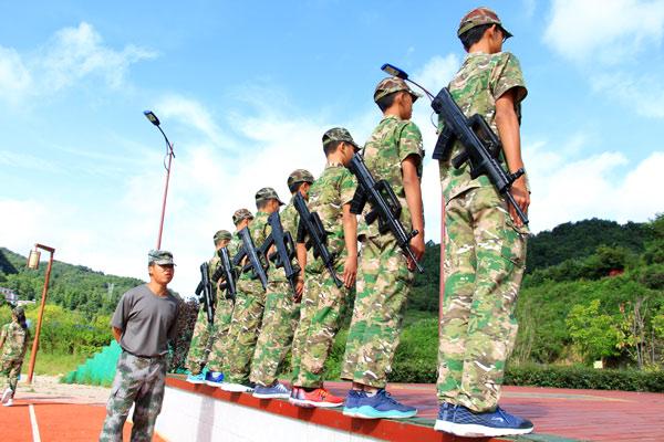 杭州军事强化夏令营10天