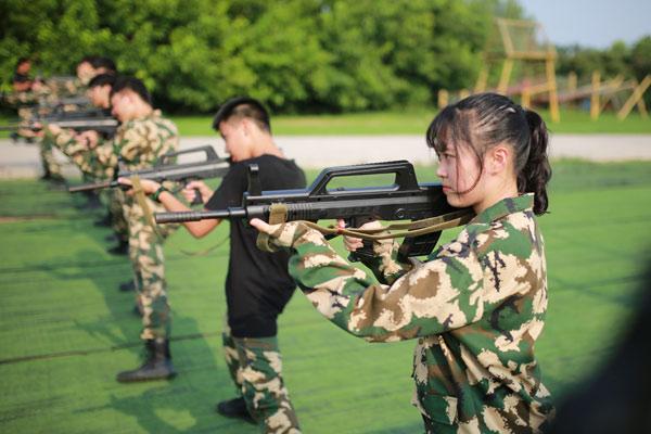广州黄埔军事夏令营哪家好?一对比你就知道了