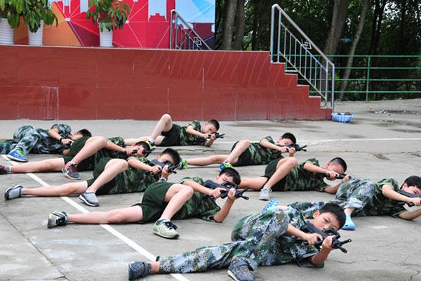 广州国之利刃夏令营给孩子难忘红色教育之旅