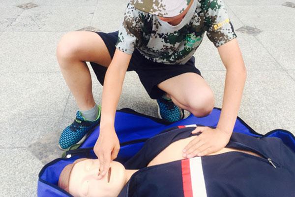 孩子参加杭州夏令营多少钱?一起来看看机构暑期报价