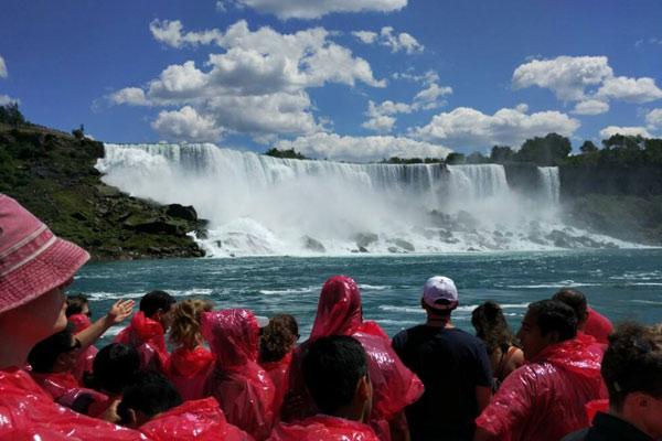 加拿大游学夏令营10天的费用及行程一览